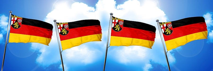 Fahnen Rheinland-Pfalz für Annahmestellen Teppichwäscherei Grießhaber