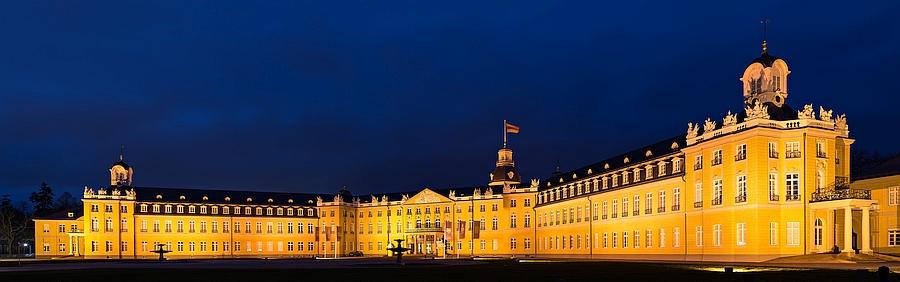 Panorama Schloss Karlsruhe Teppichwäschereien Annahmestellen